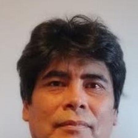 Dr. Edwin Salvador Medina Vargas