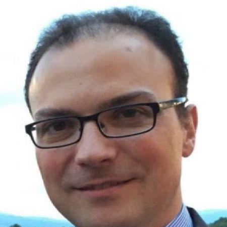 Dr. Alberto Moreno